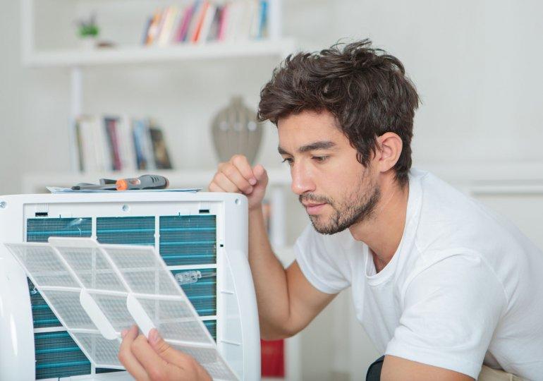 Mobile Klimageräte pflegen: Filter reinigen & Klimaanlage desinfizieren